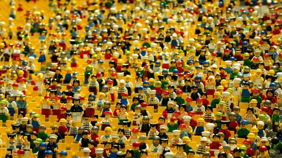 hundreds of lego people