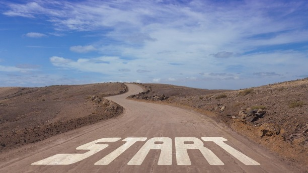 image showing the word start on a road